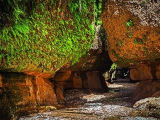غار زینگان ، بهشت فراموش نشدنی در ایلام